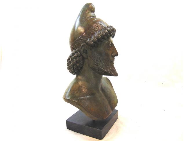 Bust in bronze